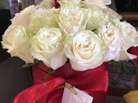 Aranjament trandafiri in cutie 5